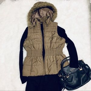 New York and Co Puffer Vest with Detachable Hood